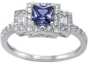 9.2.5 Gorgeous tanzanite and white sapphire princess cocktail ring size 7