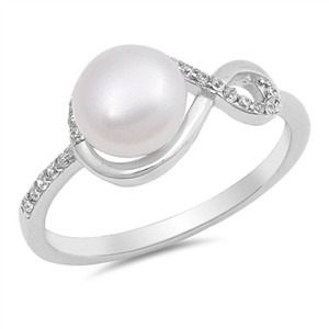 9.2.5 Gorgeous pearl infinity knot ring size 7