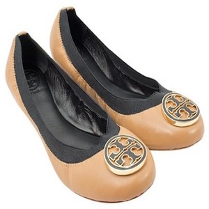 Tory Burch Sand and Black Flats