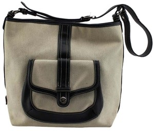 Stone Mountain Accessories Tote in Beige/Black