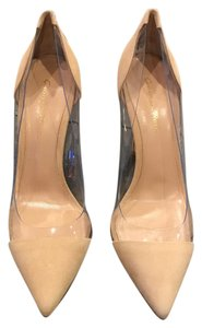 Gianvito Rossi Nude Pumps