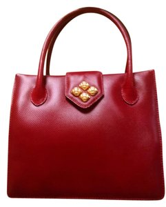Bottega Veneta Tote in Red
