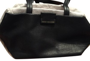 Marc Jacobs Tote in Black, White And Tan