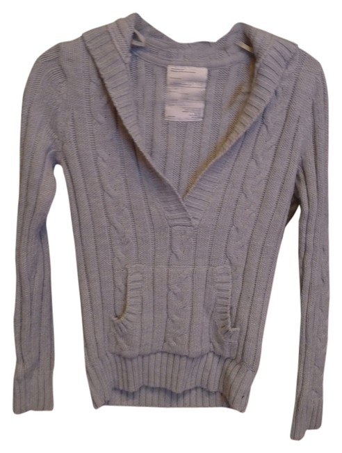 Preload https://img-static.tradesy.com/item/2025269/aeropostale-light-gray-cable-knit-hoodie-sweaterpullover-size-4-s-0-0-650-650.jpg