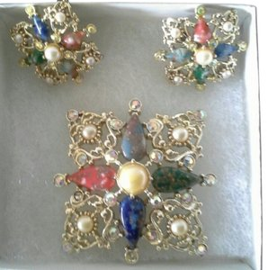 Sarah Coventry Vintage Sarah Conventry Galaxy Medieval Cross Brooch Set