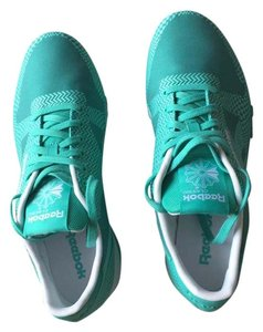 Reebok Emerald Sea Athletic