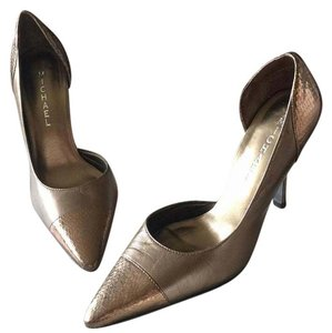 Michaels Metallic bronze Pumps
