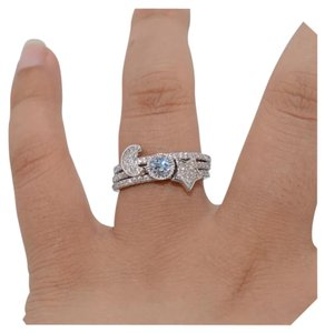 New 3pc Sparkly Pave Setting Stackable Ring Set