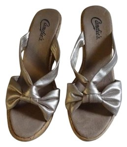 Candie's Gold Wedges