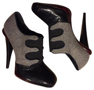 Fendi Gray, black, navy piping, burgundy acccent herls and platform Platforms
