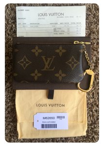 Louis Vuitton Key Pouch - Cles - M62650