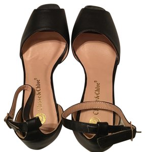 Chase & Chloe Black Wedges
