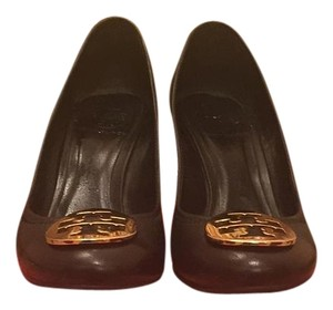 Tory Burch Black/ gold logo Wedges