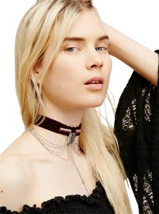 Free People NWT Down and Out Velvet Choker