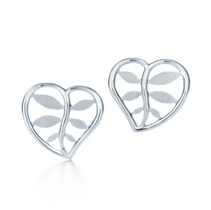 Tiffany & Co. Silver Villa Paloma Palm Earrings Paloma Picasso Heart