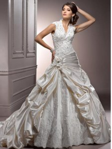 Maggie Sottero Perla Lynnette Wedding Dress