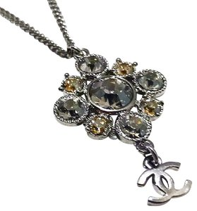 Chanel Authentic Chanel Silver Crystal Studded Pendant Necklace/Choker