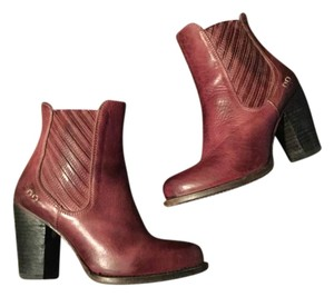 Bed|Stü Wine Boots