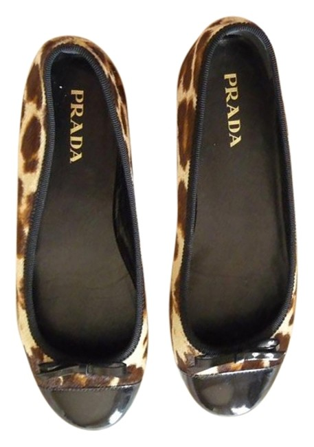 Item - Multi-colored; Brown Cream and Black Cap Top Ballet Flats Size US 6 Regular (M, B)