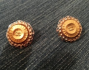 Chanel CHANEL Gold-Plated C C Button Earrings