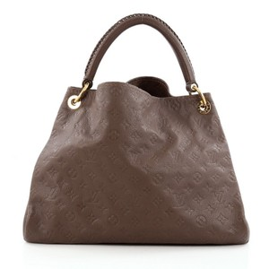 Louis Vuitton Artsy Leather Tote
