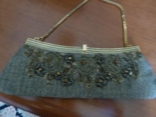 Badgley Mischka Wristlet in beige/black with gold beading