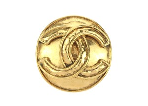 Chanel Vintage Gold CC Logo Brooch