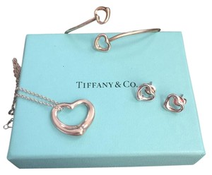 Tiffany & Co. Set Of 3 Pieces. Open Heart Jewelry. Earrings, Necklace and Earrings!