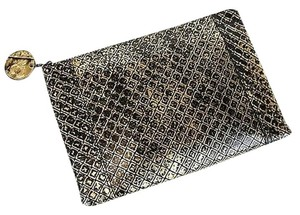 Bottega Veneta 301499 Gold/Black Clutch
