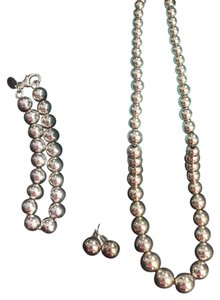 Tiffany & Co. Tiffany Bead Jewelry. Necklace, Bracelet and Earrings!!