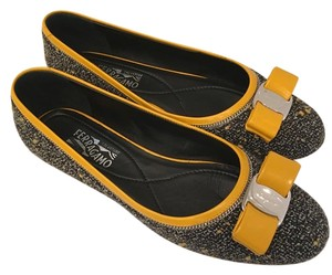 Salvatore Ferragamo Varina Ferragamo Bow Tweed Black yellow Flats