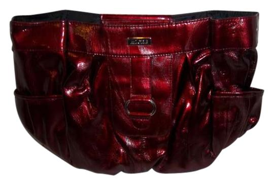Preload https://item2.tradesy.com/images/miche-prim-shell-deep-red-faux-leather-shoulder-bag-202601-0-0.jpg?width=440&height=440