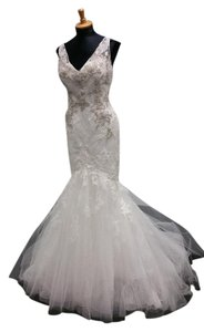 Enzoani Ivory Pewter Lace and Satin Haleyville Modern Wedding Dress Size 10 (M)