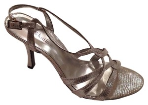 Kelly & Katie Glitter Mesh Upper Silver Formal