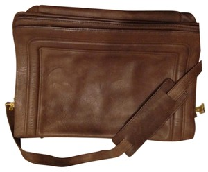 Boulder Ridge Brown Messenger Bag