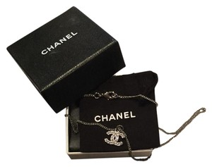 Chanel NWOT Auth CHANEL CC Logo Pendant Crystals Silver Chain Necklace