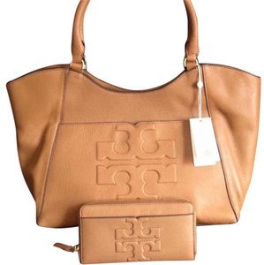 Tory Burch Tote in Tan/Luggage