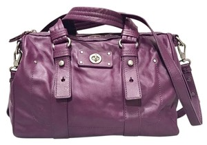 Marc by Marc Jacobs Leather Totally Turnlock Satchel in Magenta/ Fuchsia purple