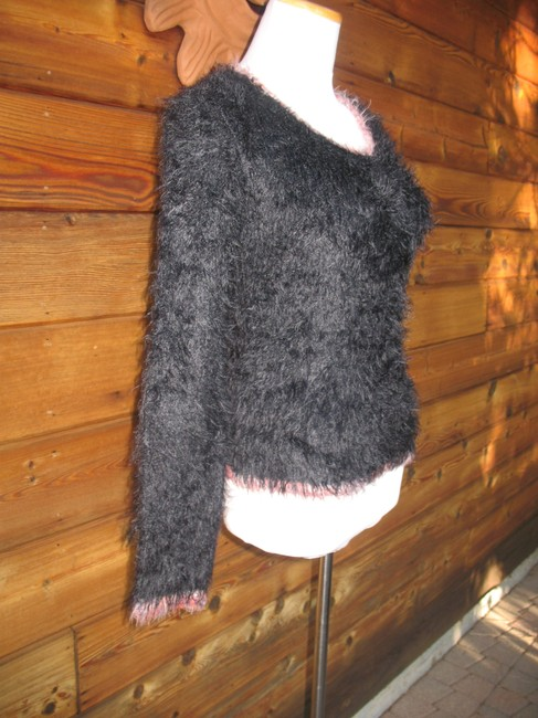 Coccole Italy Wool Blend Long Sleeve Fuzzy Sweater Image 1