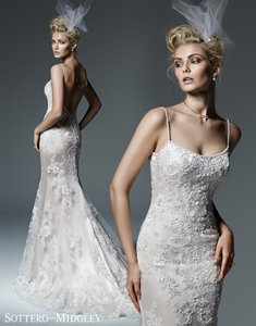 Sottero and Midgley Ivory with Pewter Accent Lace Celine Formal Wedding Dress Size 8 (M)