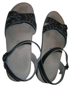 Sasch navy blue Sandals
