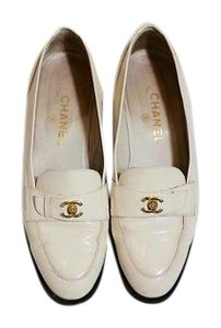 Chanel Vintage Loafers White Creme Flats