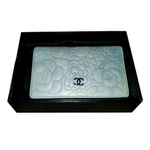 Chanel CHANEL lambskin Embossed Camellia Long bifold Wallet Robbin egg blue