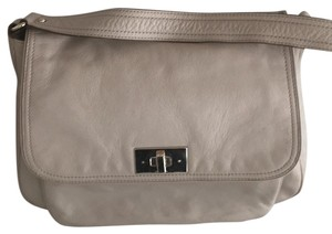 Kate Spade Tote in Taupe Or cream