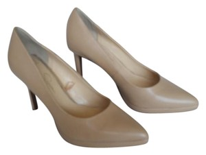 Jessica Simpson Pump Classic Pointed Toe Nude / Beige / Sand Pumps
