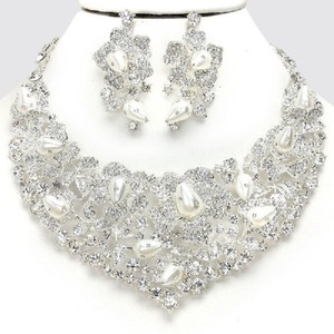 Stunning Pearl Crescent Rhinestone Crystal Bridal Statement Necklace Set
