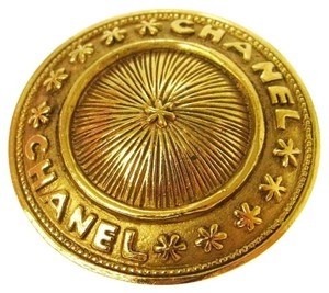 Chanel CHANEL VINTAGE MEDALLION SUNBURST PIN BROOCH COIN 90's COLLECTIBLE