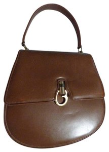 Gucci True 1960's Mod Multiple Compartment Mint Vintage Logo Clasp Structured Shape Satchel in supple caramel brown leather