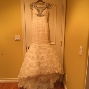 Ines Di Santo Off-white Formal Wedding Dress Size 4 (S)