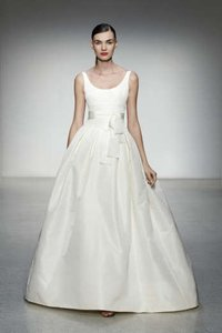 Amsale Chelsea Wedding Dress